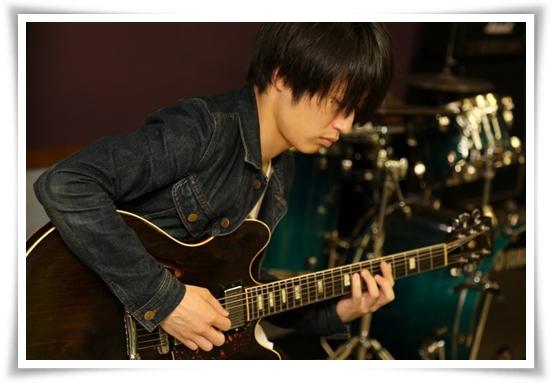 Alexandrosのギターの難易度!簡単な曲で下手でもコピーが可能?2