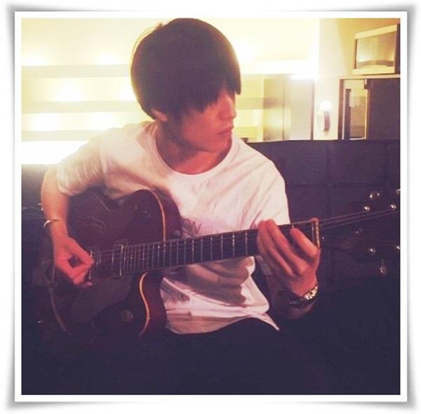 アレキサンドロス白井のギターの種類まとめ!川上洋平との音の違いも12