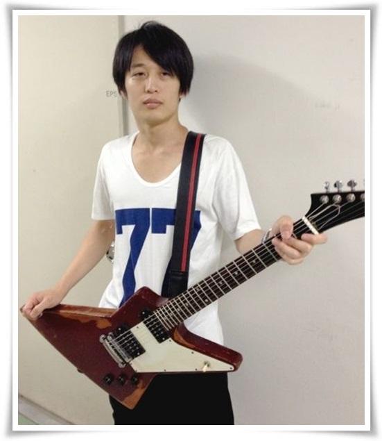 アレキサンドロス白井のギターの種類まとめ!川上洋平との音の違いも9