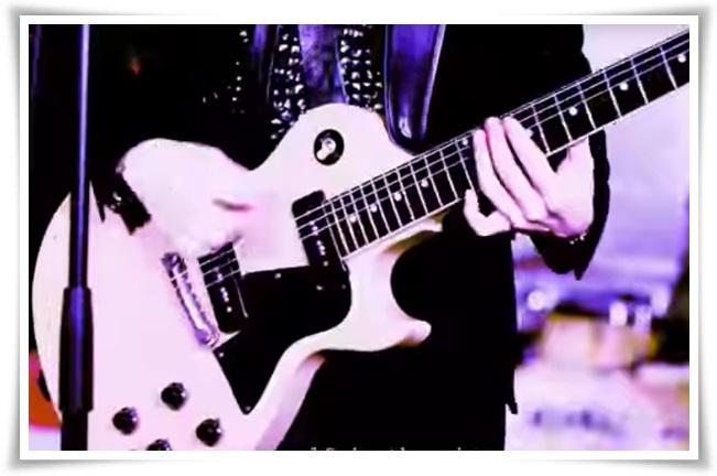 アレキサンドロス白井のギターの種類まとめ!川上洋平との音の違いも6