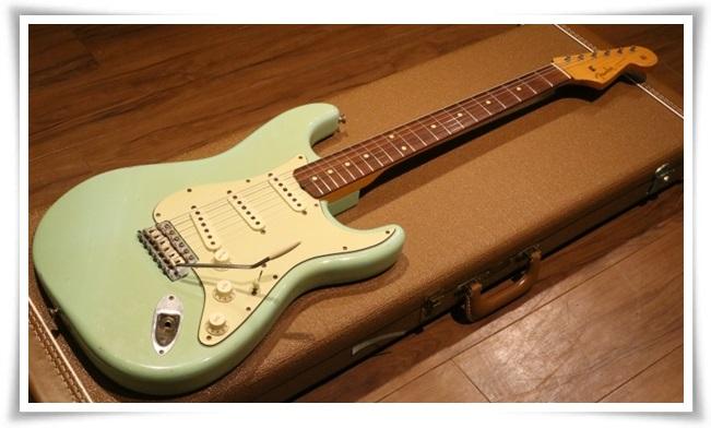 アレキサンドロス川上洋平のギターの種類まとめ!アコギ以外も凄い?7